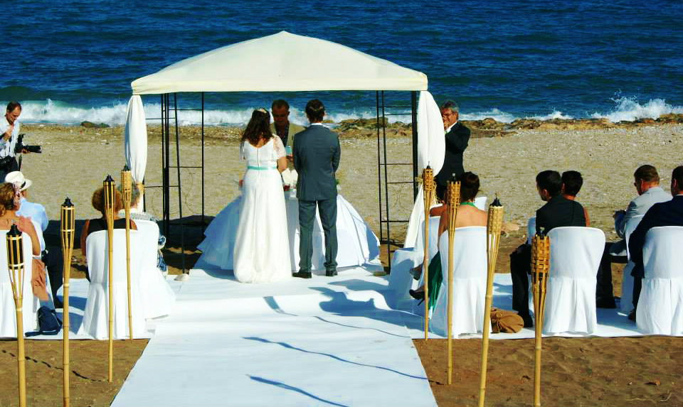 Getting Married At The Beach In Mojacar Isnt Complicated Many Happy Couples Already Enjoyed Their Most Important Day Life Here Thanks To Francesca