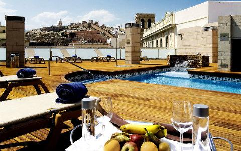 Hotel Plaza Vieja & Lounge